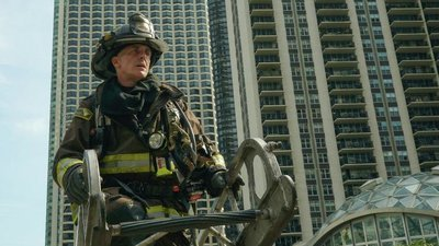 Chicago Fire - 06x06 Down Is Better