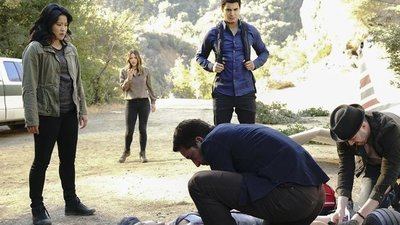 Scorpion - 04x10 Crime Every Mountain