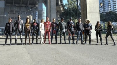 DC's Legends Of Tomorrow - 03x08 Crisis on Earth X, Part 4