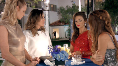 The Real Housewives of Orange County - 12x19 Candle Wicks and Lunatics Screenshot