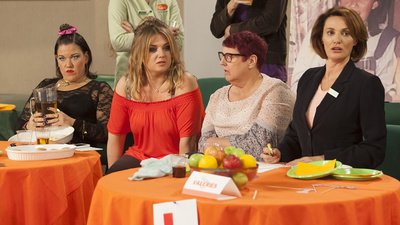 Trollied (UK) - 07x08 Series 7, Episode 8 Screenshot