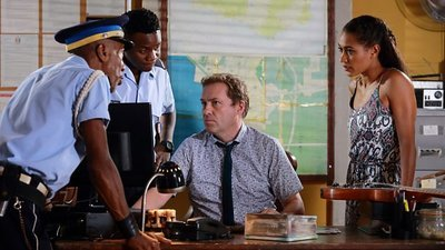 Death In Paradise (UK) - 07x08 Melodies of Murder Screenshot