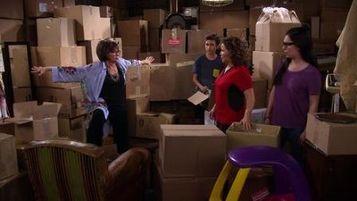 One Day at a Time (2017) - 02x10 Storage Wars
