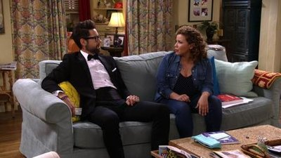 One Day at a Time (2017) - 02x07 Exclusive