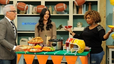 The Kitchen - 08x09 Football Feast