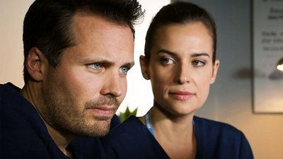 Holby City (UK) - 19x44 Go Ugly Early
