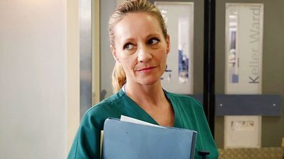 Holby City (UK) - 19x41 Going The Distance