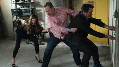 Modern Family - 09x21 The Escape