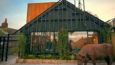 Ugly House to Lovely House with George Clarke - 02x06 East Sussex Screenshot