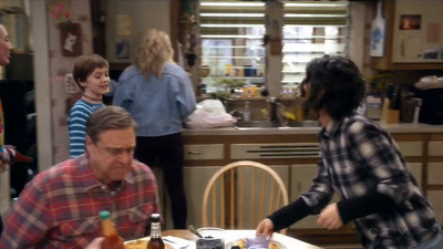 Roseanne - 10x09 Knee Deep Screenshot
