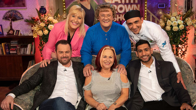 All Round to Mrs Brown's - 02x01 Series 2, Episode 1 Screenshot