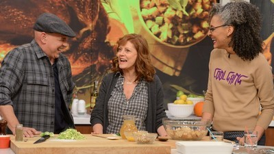 The Chew - 07x37 Goodbye Halloween, Hello Thanksgiving