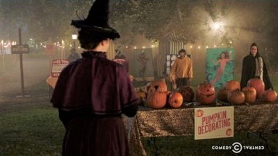 Drunk History - 05x13 Halloween Screenshot