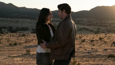 Roswell, New Mexico - 01x01 Pilot Screenshot