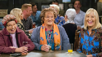 Mrs. Brown's Boys (IRL) - TV Special: Mammy's Motel Screenshot