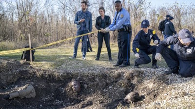 NCIS: New Orleans - 05x15 Crab Mentality