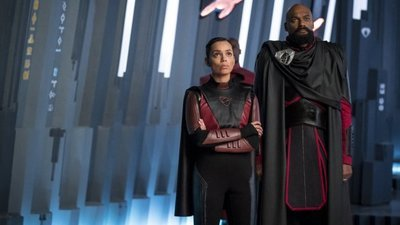 Krypton - 02x01 Light-Years From Home -
