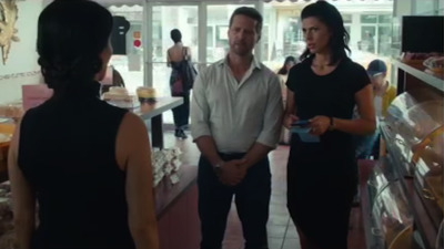 Private Eyes (CA) - 03x09 It Happened One Fight Screenshot