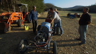 American Pickers - 20x17 Mad Mike and Furious Frank