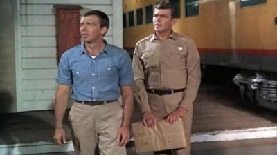 The Andy Griffith Show - 08x30 Mayberry R.F.D. Screenshot