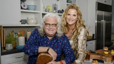 Trisha's Southern Kitchen - 15x06 Southern Comfort With Ricky Skaggs
