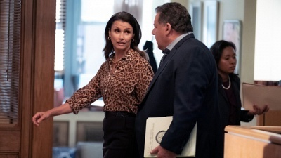 Blue Bloods - 10x06 Glass Houses