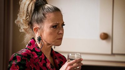 EastEnders (UK) - 36x27 Series 36, Episode 27 Screenshot
