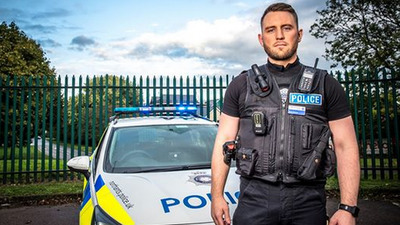 999: What's Your Emergency? (UK) - 10x04 Series 10, Episode 4