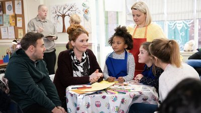 Coronation Street (UK) - 61x39 Monday, 17th February