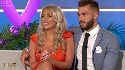 Love Island (UK) - 06x43 Series 6, Episode 43 - Live Final Screenshot