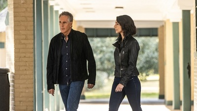 NCIS: New Orleans - 06x12 Waiting for Monroe