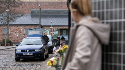 Coronation Street (UK) - 61x41 Wednesday, 19th February