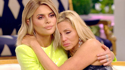 The Real Housewives of Beverly Hills - 09x24 Reunion (Part 3) Screenshot