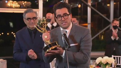 The Emmy Awards - 72x01 The 72nd Annual Emmy Awards Screenshot