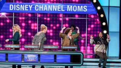 Celebrity Family Feud (2015) - 06x10 Jenna Fisher vs. Scott Foley and 'mixed-ish' vs. Disney Channel Moms Screenshot