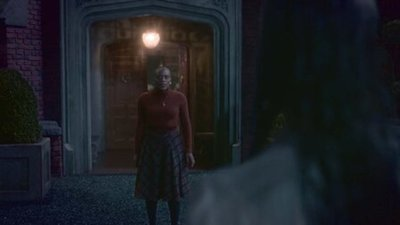 The Haunting of Bly Manor - 01x09 The Beast in the Jungle Screenshot