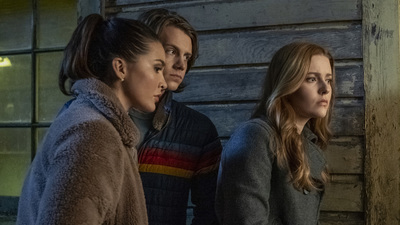 Nancy Drew (2019) - 02x01 The Search For the Midnight Wraith