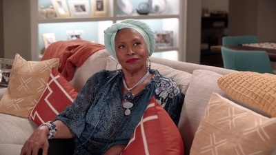 Black-ish - 07x05 Age Against the Machine