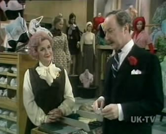 Are You Being Served? (UK) - 01x02 Dear Sexy Knickers