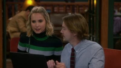 Last Man Standing - 09x03 High on the Corporate Ladder