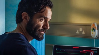 Holby City (UK) - 22x35 Series 22, Episode 35 Screenshot