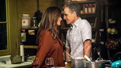 NCIS: New Orleans - 07x10 Homeward Bound