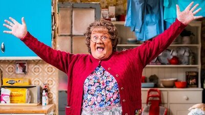Mrs. Brown's Boys (IRL) - TV Special: Mammy of the People (2020 Christmas Special Part Two) Screenshot
