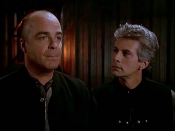 Babylon 5 - 04x12 Conflicts of Interest