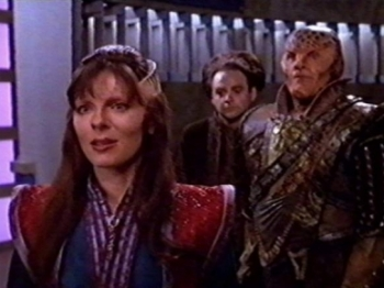 Babylon 5 - 04x19 Between the Darkness and the Light