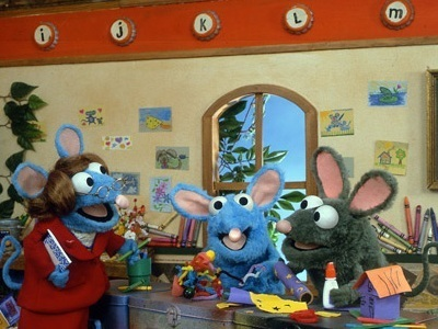 Bear In The Big Blue House 4x04 First Day At Mouse School Sharetv