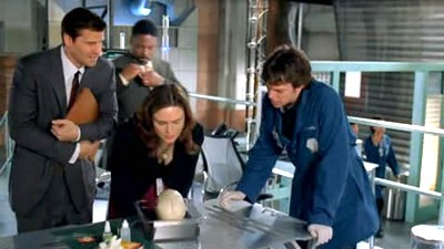 Bones - 01x22 The Woman in Limbo