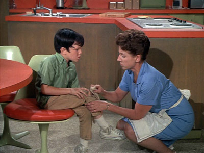 The Brady Bunch - 01x04 Alice Doesn't Live Here Anymore