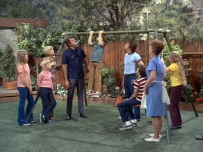 The Brady Bunch - 03x18 The Big Bet