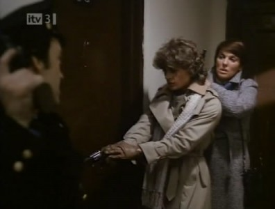 Cagney & Lacey - 01x04 Street Scene